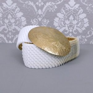 Vintage white scale belt with gold buckle  S/M